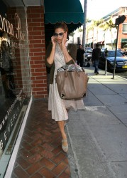 Ева Мендес, фото 4730. Eva Mendes spotted leaving a Medical Building in Beverly Hills, january 18, foto 4730