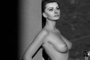 Джози лорен голая