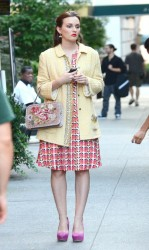 Leighton Meester On The Set Of Gossip Girl In NYC August 28, 2012 HQ x 7
