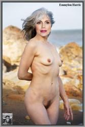 Emmylou harris naked